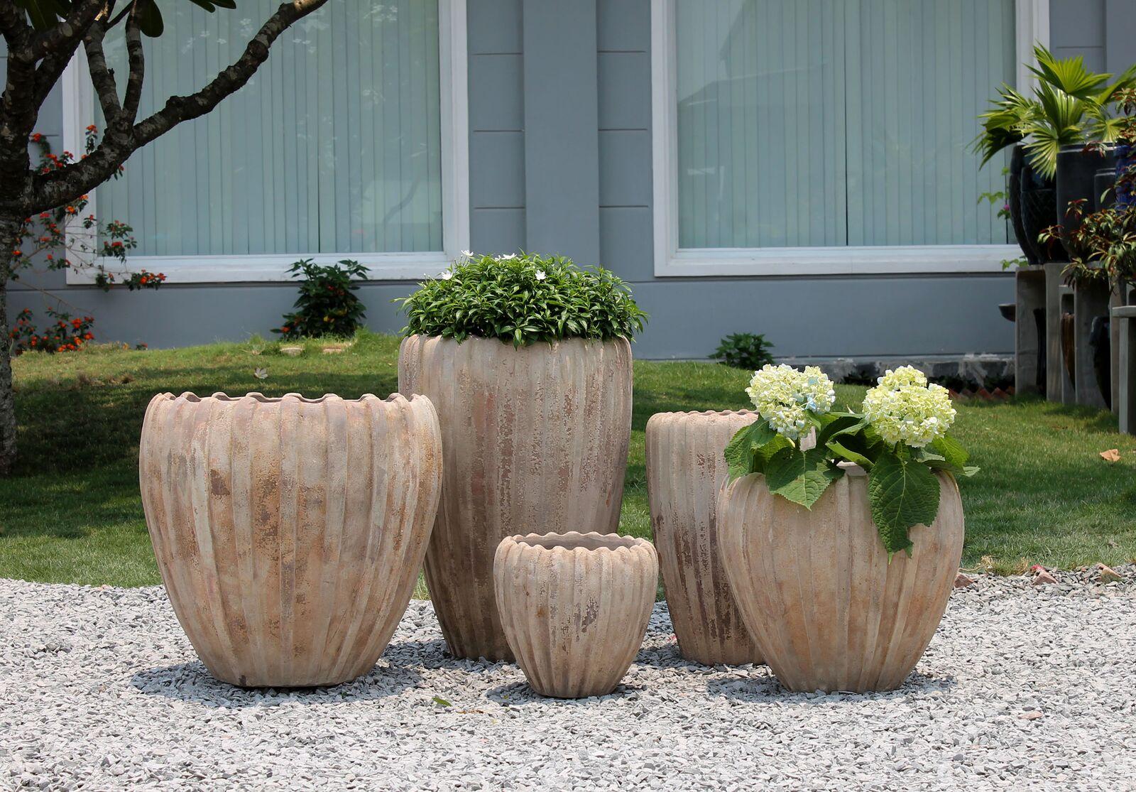 Krukker, havekrukker, keramikdyr, zinkkrukker, krukker til haven.